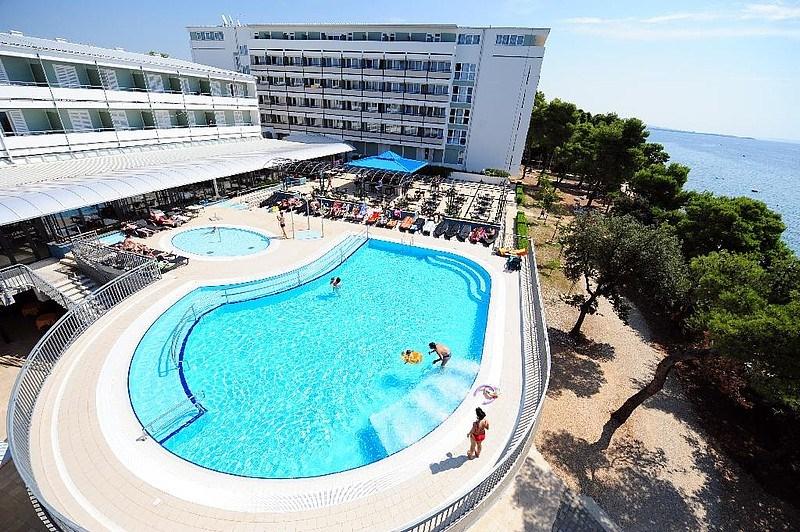 Hotel PINIJA - Agia Pelagia