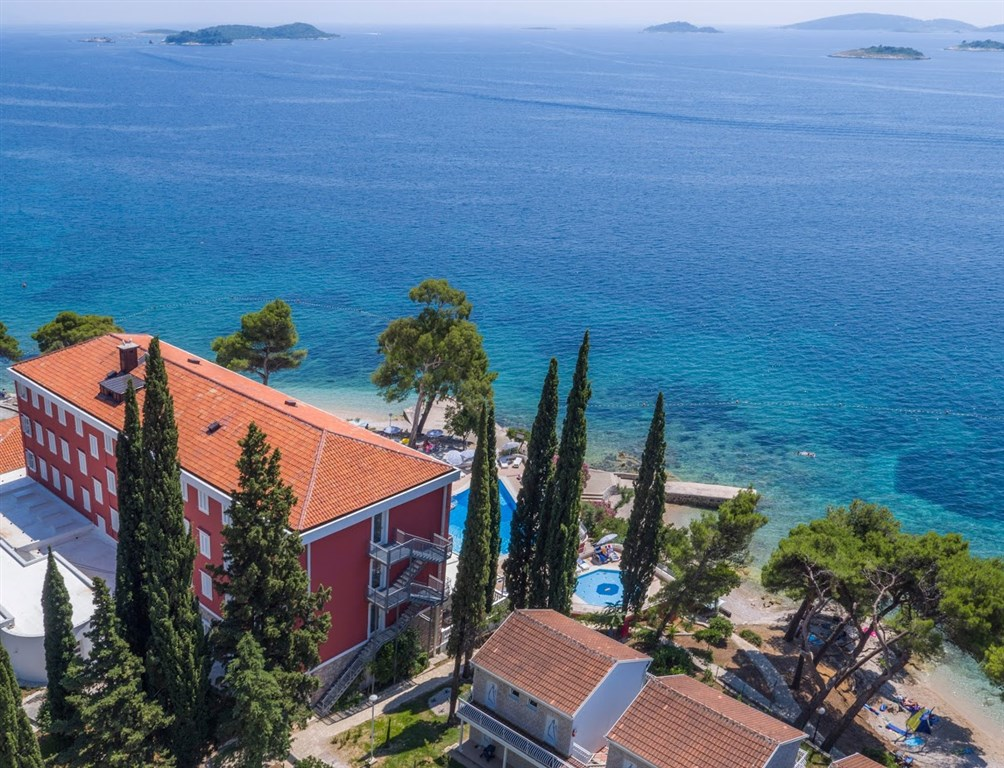 Hotel BELLEVUE - Ostrov Rab
