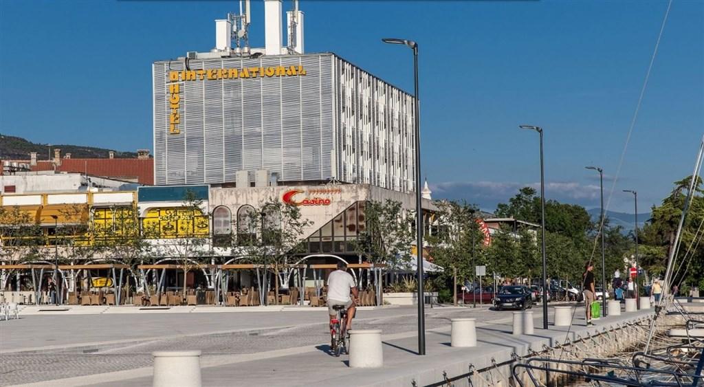 Hotel INTERNATIONAL - Gradac