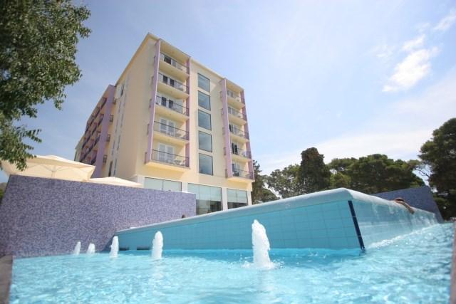 Hotel ADRIATIC - Budva