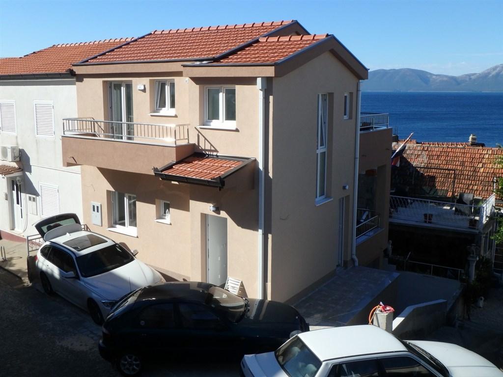 Apartmány KOLOMBO - Gradac