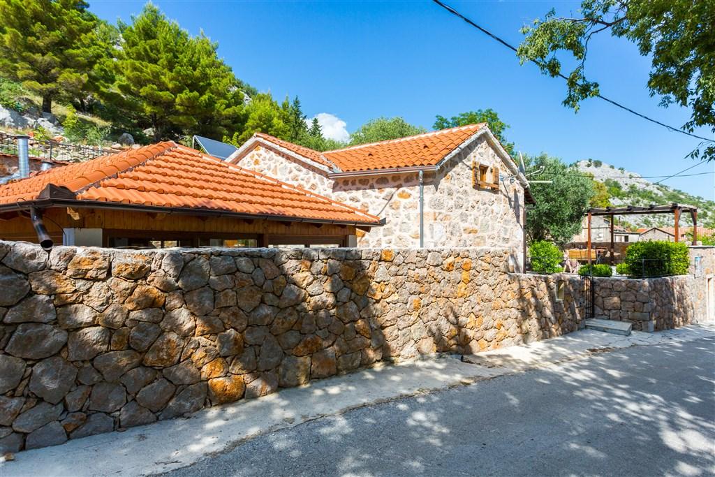 Vila JUCINOVI DVORI - Agios Fokas
