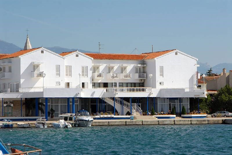 Hotel LOŽA - Stafilos